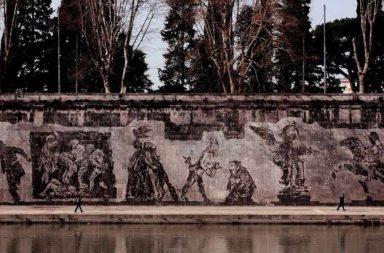 Trionfi e Lamenti, muraglione Lungotevere