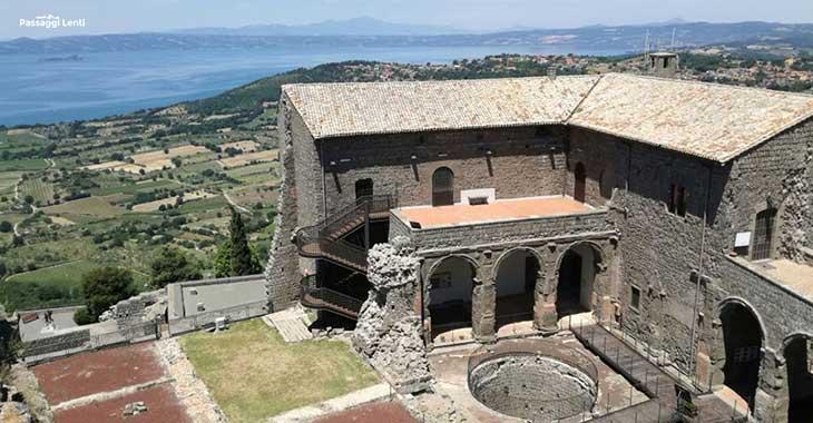 Borghi più belli della Tuscia: la Rocca dei Papi a Montefiascone