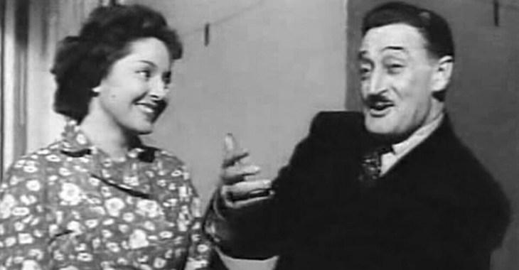 Totò con Lea Padovani nel film Una di quelle (1953)
