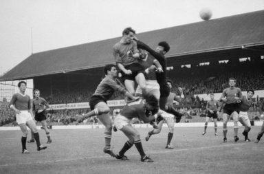 Mondiali di calcio 1966: l'Italia è sconfitta dalla Corea del Nord