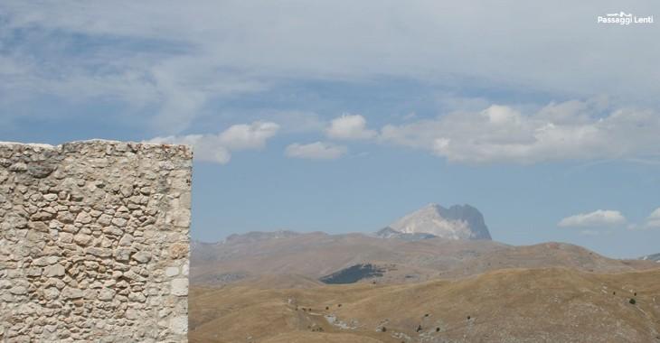 Il Gran Sasso visto dal Castello di Rocca Calascio
