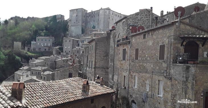 Scorcio del borgo medievale di Sorano