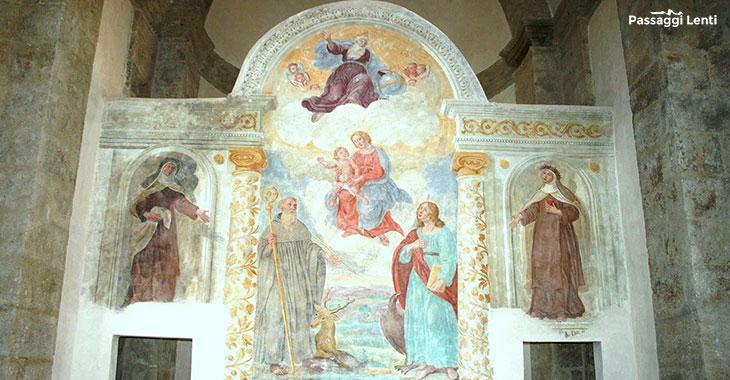 Cellere. Particolare dell'interno della Chiesa di Sant'Egidio