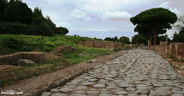 Ostia Antica, tratto del Decumano Massimo