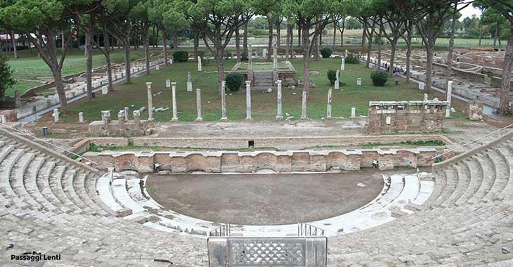 Teatro romano di Ostia, edificato in età augustea