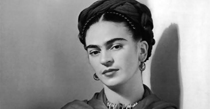 """Frida Khalo, protagonista di """"Viva la Vida"""" di Pino Cacucci"""
