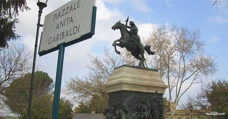 Gianicolo, statua di Anita Garibaldi