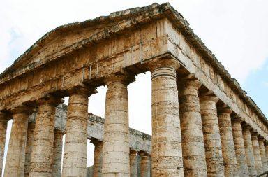 Il tempio di Segesta in Sicilia