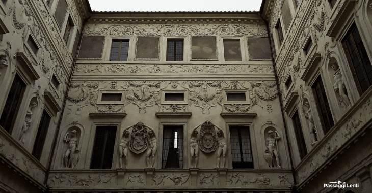 Il cortile interno di Palazzo Spada