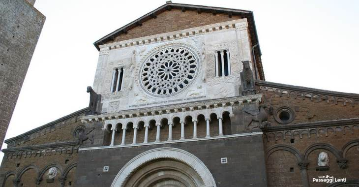 Tuscania, rosone della Basilica di San Pietro
