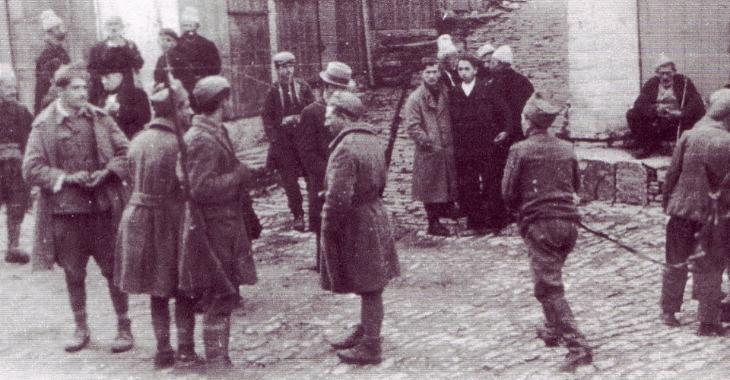 Militari greci ad Argirocastro in Albania