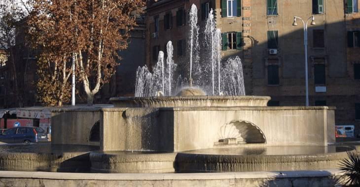 Fontana del Peschiera a Piazzale degli Eroi a Roma