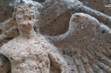 Necropoli di Sovana: tomba dei Demoni Alati