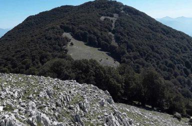 Il sentiero in direzione Monte Semprevisa