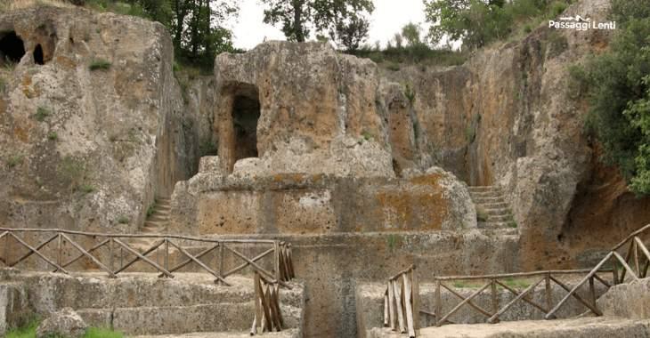 Necropoli di Sovana: la tomba Ildebranda