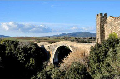 Vulci, il Castello e il ponte dell'Abbadia