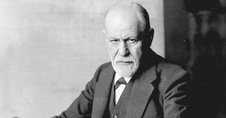 """Sigmund Freud, autore di """"Introduzione al narcisismo"""" (1913)"""