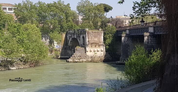 Lungotevere - Ponte Rotto