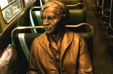 Statua di Rosa Parks al National Civil Rights di Memphis