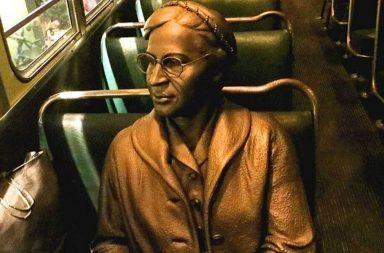 Statua di Rosa Parks al National Civil Rights di Memphis