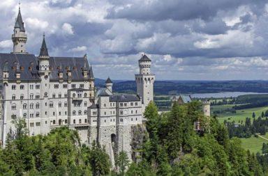 Castello di Neuschwanstein, lungo la Strada Romantica