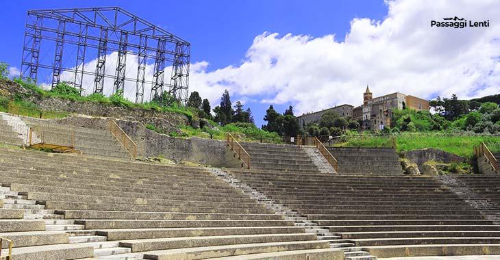 Santuario di Ercole Vincitore a Tivoli: la cavea del teatro