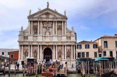 Chiesa degli Scalzi a Venezia